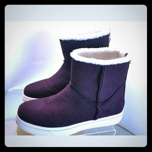 Shoedazzle Women's Street  Purple Wool Boots 8.5